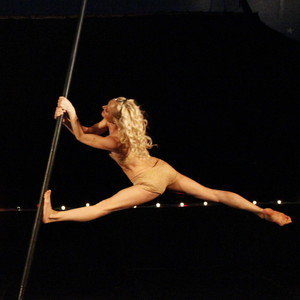 cirkdance spectacle pole dance